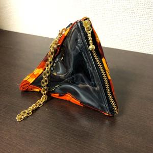 【もち・まんじゅう】トライアングルバッグチャーム (テトラポーチ)オレンジ迷彩