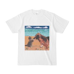 猫とラブラドール犬のtシャツ