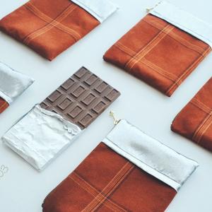 チョコレートポーチ