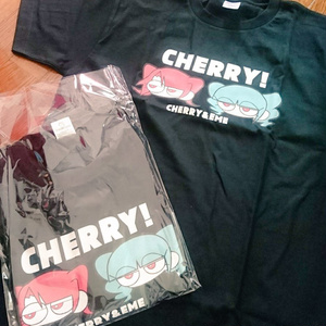 CHERRY Tシャツ