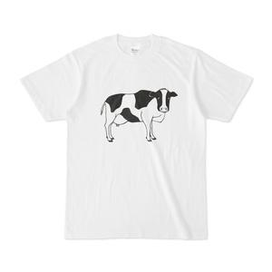 ウシ こっちを見ている牛 動物イラストTシャツ