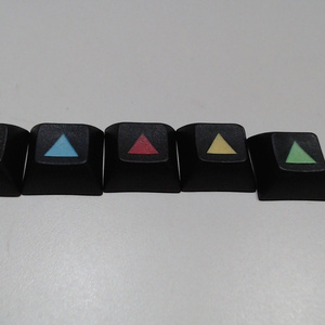 黒地にカラフルな記号キー(5色5キー)