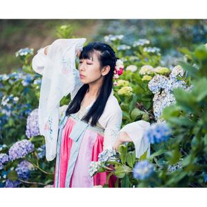 【写真集&ポストカード】漢服×紫陽花「あなたは誰よりも無情で高慢」