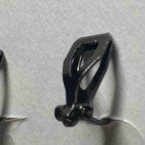 レジンイヤリング(紫歯車)