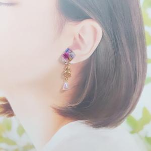 耳飾り/アズールイメージ