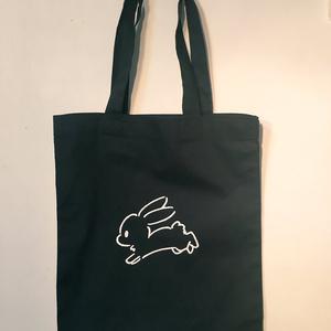 うさぎの黒トートバッグ