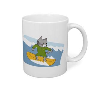 サーフィンする猫ちゃんのマグカップ
