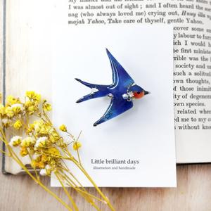 swallow brooch つばめブローチ 青い鳥 春