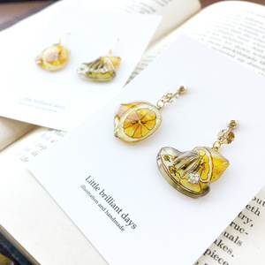 Lemon squeezer earring レモンしぼり器イヤリング・ピアス