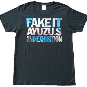 """Tシャツ (黒・M) ーすず屋。""""Fake it""""写真展オリジナル・グッズ"""