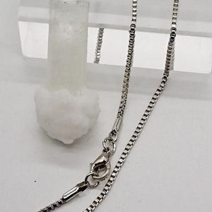 氷と霜のペンダント(円柱)