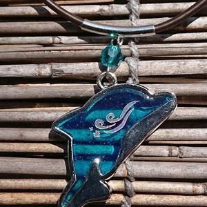 イルカのペンダント