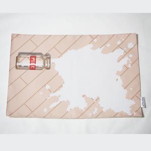 送料込!こぼれた牛乳(床が濃or淡の2種) ランチョンマット