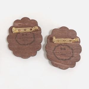 レトロリボンドット*木と布のブローチ