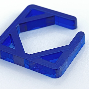 【square/blue】イヤーカフ│アクリルアクセサリー││ユニーク│個性的│メンズ│イヤカフ│青│四角│ストリート系│モード系