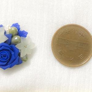 青薔薇ブーケネックレス