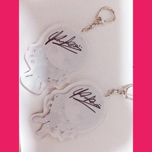 【ランダムサイン入り】KRKM -Acrylic key holder-