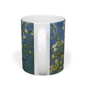 花咲くアーモンドの木の枝 マグカップ