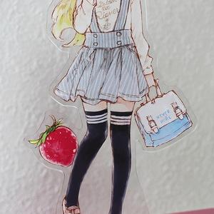 【受付終了】アナちゃんのアクリルフィギュア