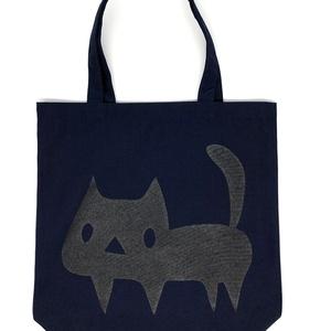 【ネイビー】よく見ると黒ネコ トートバッグ(あんしんBOOTHパック(匿名)で自宅から発送【ネコポス370円】)