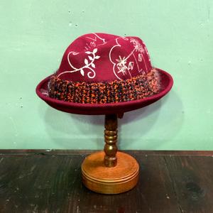 AYUMI HAYASHI Painting Hat1