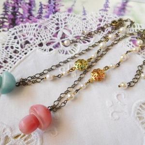 森のきのことお花のドール用ネックレス