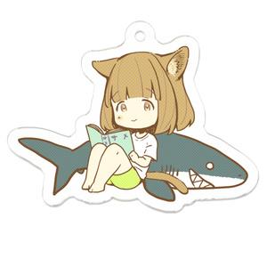 猫耳妹とサメのキーホルダー