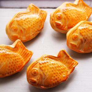 つやつや鯛焼きブローチ