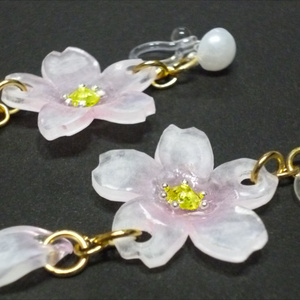 パール 桜イヤリング