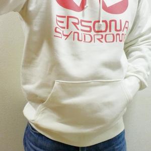 ERSONAプルパーカー(白&ロゴ赤)