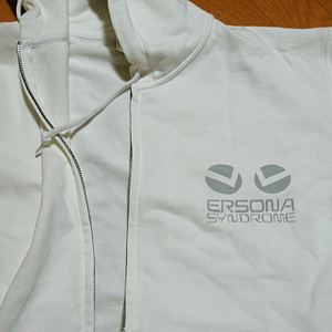 ERSONAジップパーカー(白&ロゴグレー)