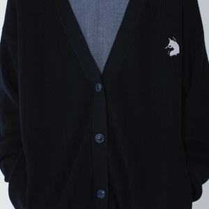 SLUMBER WOLF CARDIGAN (オオカミ刺繍カーディガン)