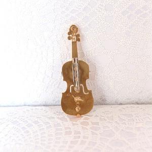 薔薇園で演奏会~雪降る夜に ヴァイオリン~