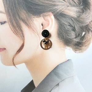 篭手切江の耳飾り