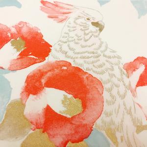 包装紙 椿に鸚鵡(朱・薄桃・水色・金)