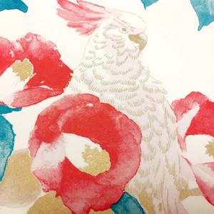 包装紙 椿に鸚鵡(赤・薄藤・緑・金)