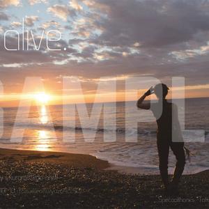 百写真集 『alive /』