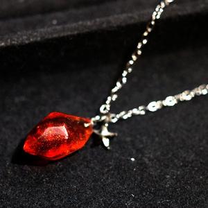 赤と1つ星のネックレス