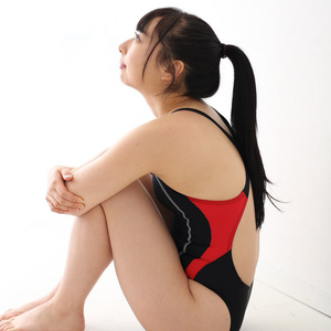 黒髪少女【 ROM 】