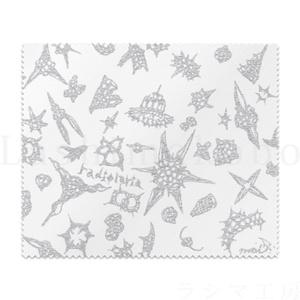 「radiolaria white design」 < レンズクリーナー >