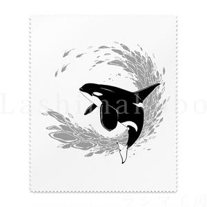 「 Blue World Children_orca gray design 」 < レンズクリーナー >