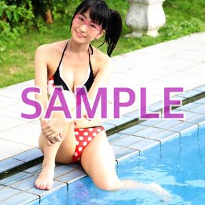 【☆ダウンロード写真】プールサイドじゅうななちゃん♪