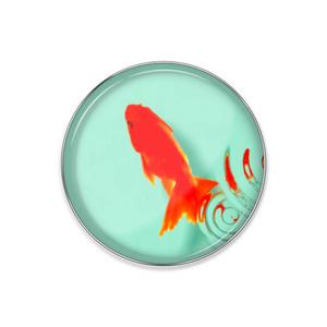 金魚と水紋 ピンバッジ