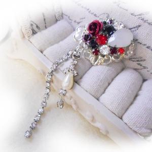 ブローチ・深紅薔薇