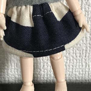 オビツ11 スカートbeige×ネイビー