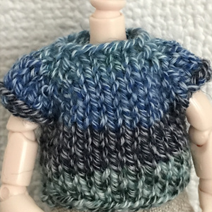 オビツ11 ocean blueの手編みのセーター