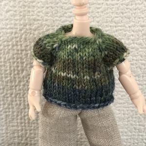 オビツ11 opalの毛糸の手編みのセーター