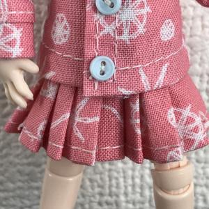 オビツ11 pinkのプリーツスカート
