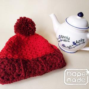 モチーフ編みとポンポンのティーコージー*甘い赤色のウール製
