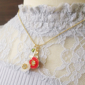 小梅のネックレス